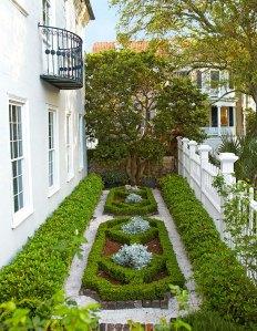 garden-design-charleston-front-parterre-05