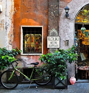 Street-in-Rome-Italy